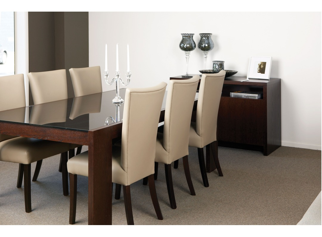 Jag 2000 Dining Table Citi Chairs